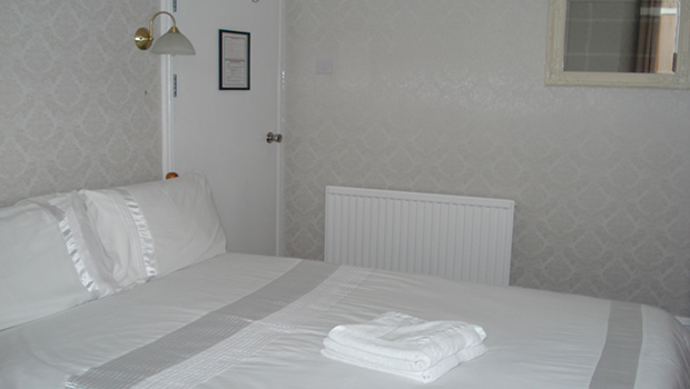 Guest-Room-Pic1